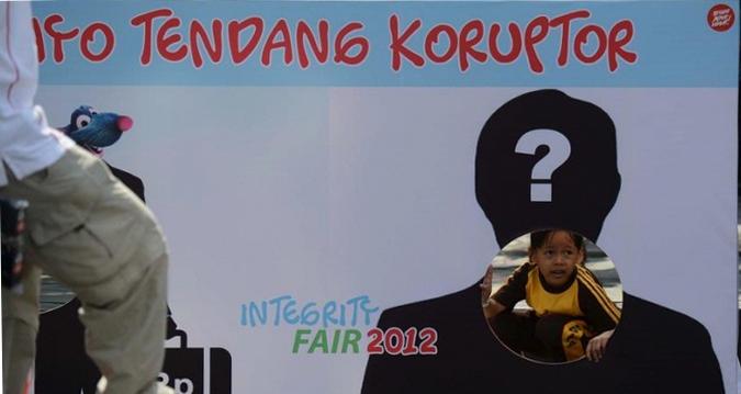 peran parpol dlm demokrasi Presiden pks : parpol dan media punya peran yang sama dalam demokrasi.